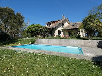 maison à Salies-de-bearn (64)