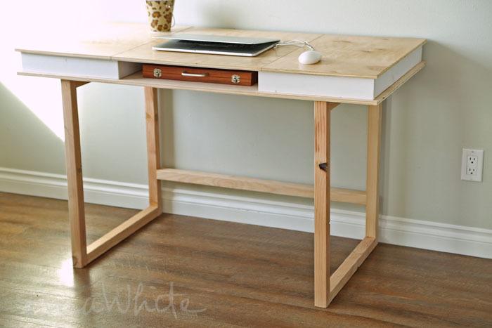 Plan de escritorio moderno de bricolaje 2x2