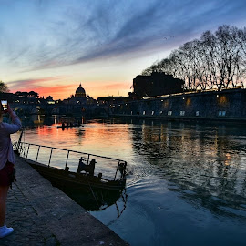 Love in the time... by Juan Tomas Alvarez Minobis - City,  Street & Park  City Parks ( love, rome, sky, city, sunset, river, girl, people )