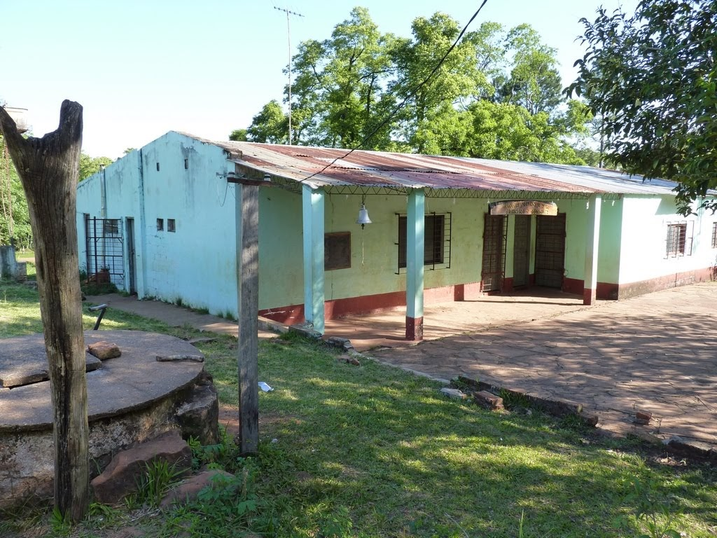 Escuela poblado aborigen