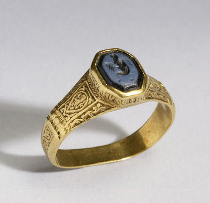 Byzantine Signet Rings Were Mingling Pagan Roman Symbols With The And Teachings Of Christianity For First Time Women Also Wore