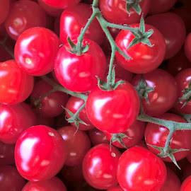 Tomatoes by Serajé KA - Food & Drink Fruits & Vegetables ( tomatoes )