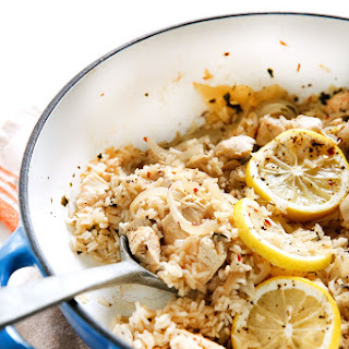 Lemon Garlic Chicken and Rice One-Pan Skillet