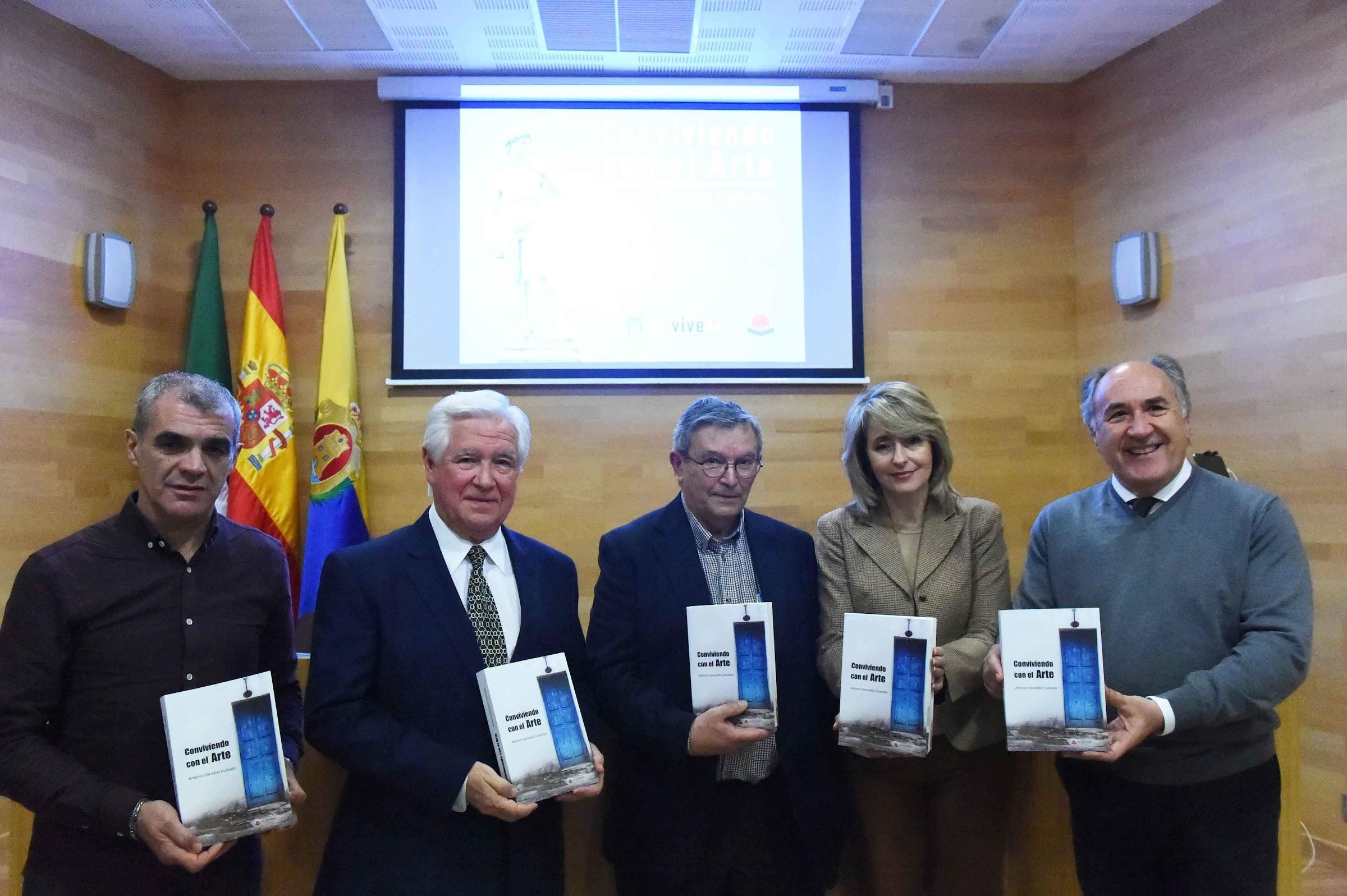 """Presentado el libro """"Conviviendo con el Arte"""" del algecireño Antonio González Custodio"""