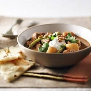 Slow Cooker Beef and Potato Curry.