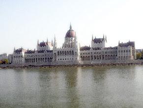 Photo: Parlament zza Dunaju - malowanka