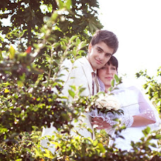 Wedding photographer Andrey Yurov (hobbit). Photo of 09.04.2013