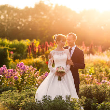 Wedding photographer Anton Kuznecov (photocafe). Photo of 04.01.2019