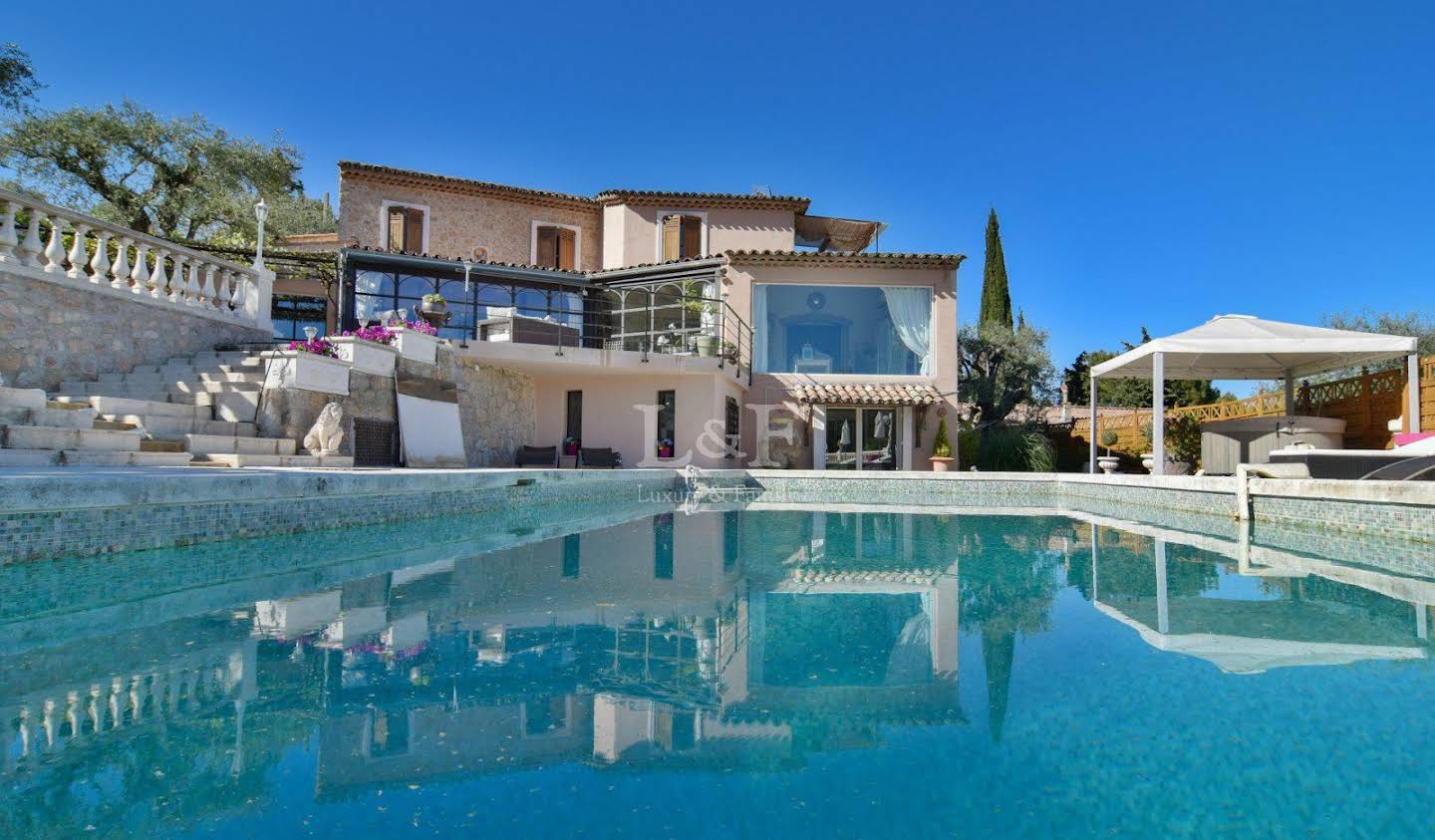 Property with garden Mougins