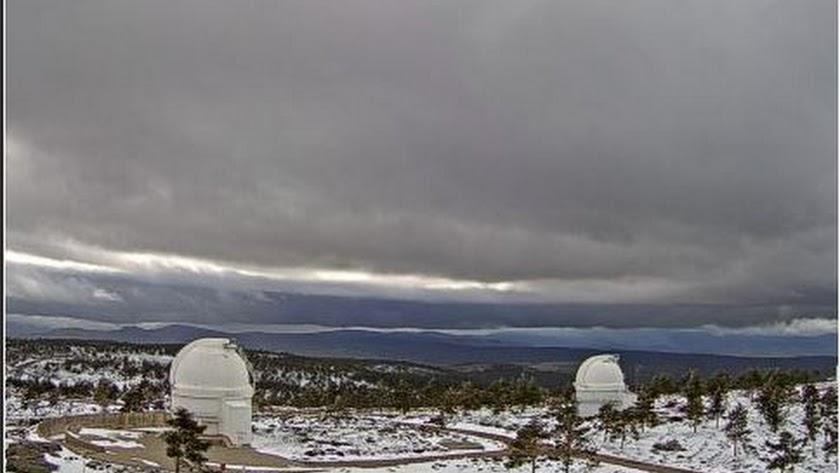 Exterior del Observatorio de Calar Alto nevado
