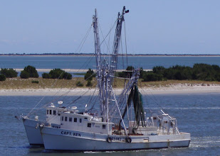 "Photo: Shrimp Boats ""hipped"" together"