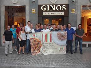 Photo: Foto de Familia del Barça Madrid en el Restaurante Ginos