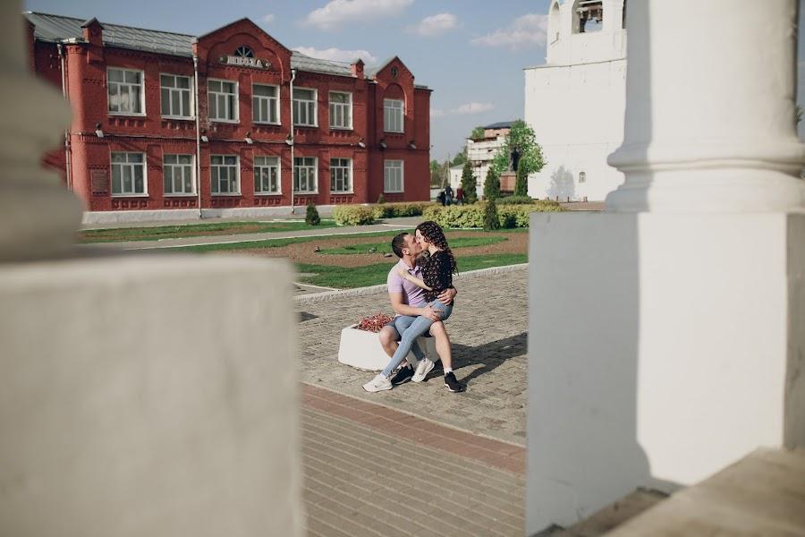 Wedding photographer Dmitriy Tarasov (diman4ez). Photo of 14.08.2019