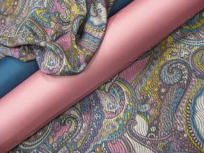 Photo: Ткань: шерсть Etro iш. 1,40 см 2200р. Ткань: шерть стрейч Armani double face ш. 1,40 см. 3200р.