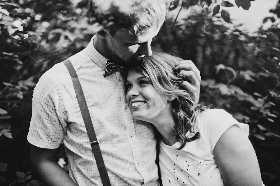 Wedding photographer Vasiliy Tikhomirov (BoraBora). Photo of 30.06.2013