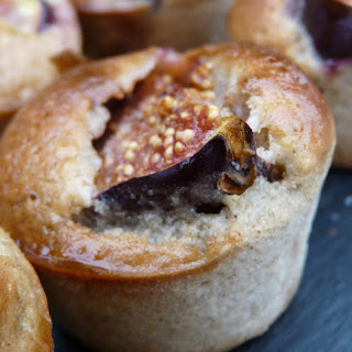 Moist Nougat and Fig Muffins with Spicy Syrup.
