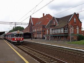 Photo: EN57-749, Olsztyn Główny - Toruń Główny (relacja skrócona z powodu remontu linii nr 18, dalej KKA do Bydgoszczy) {Toruń Wschodni; 2013-07-14}