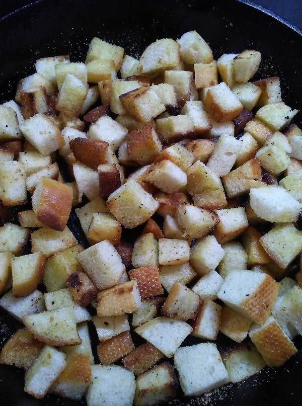 Crunchy Garlic Croutons Recipe