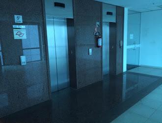 Edifício Inteiro de 8.300m²