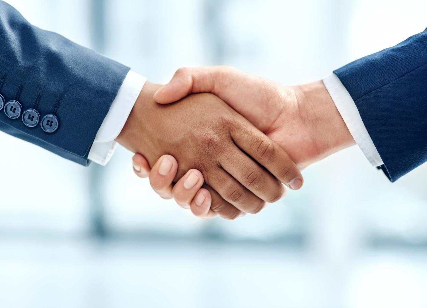 customer-handshake-iStock-621349346
