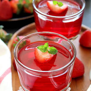 Homemade Vegan Strawberry Jelly.