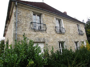 Maison 10 pièces 169 m2