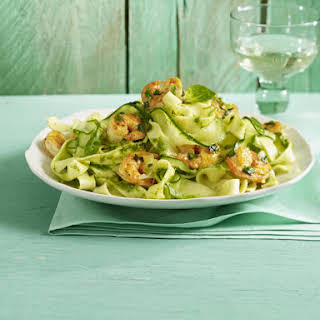 """Zucchini """"Pasta"""" with Pesto and Prawns."""