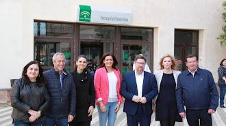 Sánchez Haro junto a varios representantes socialistas de la comarca del Poniente.
