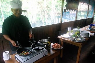 Photo: breakfast omelettes