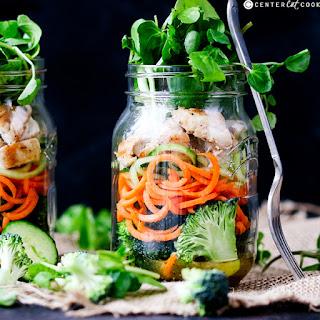 How to Make a Mason Jar Salad