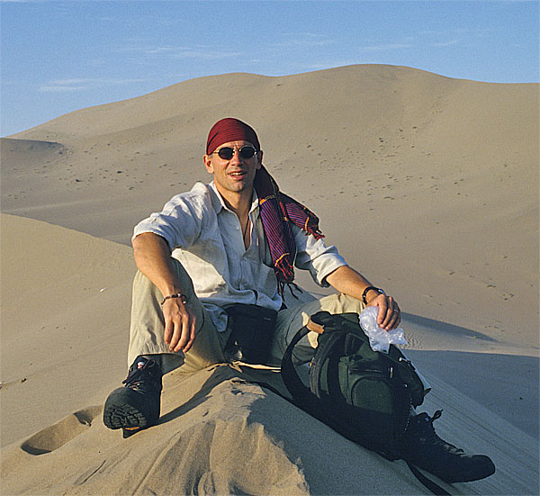 Photo: Deserto del Taklamakan, Xinjiang, Cina occidentale - Asia overland 2002