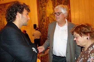 Photo: Wiener Staatsoper, Pressekonferenz Live-Streaming am 15.10.2013. Dr. Klaus Billand und Dr. Sieglinde Pfabigan im Gespräch mit Jonas Kaufmann. Foto: Peter Skorepa