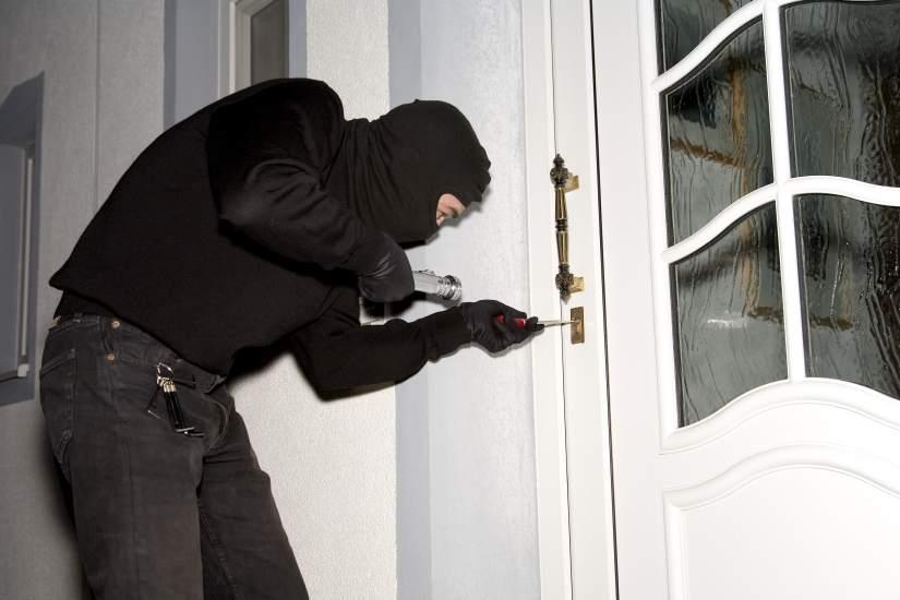 proteger segunda vivienda de robo