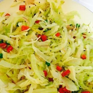 Patta Patta Gobi Gobi (Cabbage Poriyal)