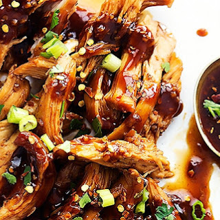 Slow Cooker Honey Garlic Chicken Slow Cooked In A Sweet & Spicy Asian Garlic Sauce.