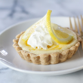 Lemon Curd Cheesecake Tarts