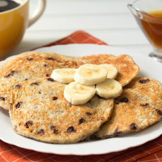5-Ingredient Banana-Chocolate Pancakes