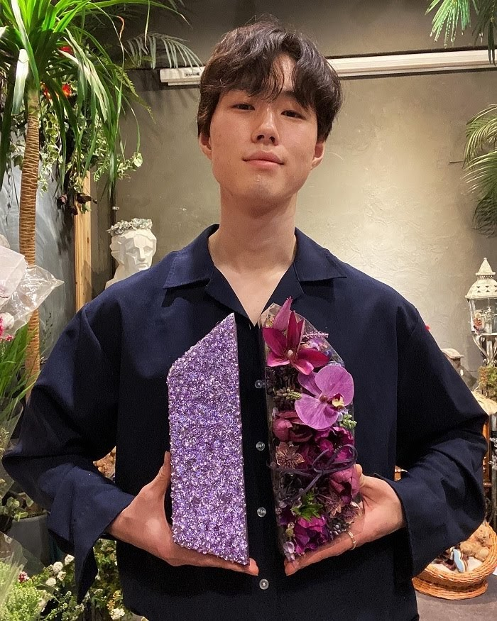 How Florist Issac's Life Got Changed After Meeting BTS