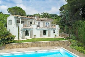 Villa 330 m2