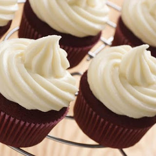 A Delicious Vegan White Frosting