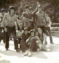 Photo: Javier??, Nazario, ...., Laureano, Javier. Abajo: Pili, Fide, Rosi, José y Bea.