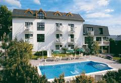 Visiter Monica Hotel