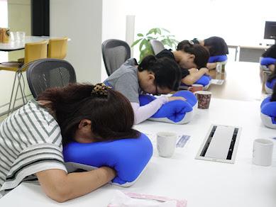コーヒー+昼寝+運動で、オフィスを元気に!「ネスカフェ 睡眠カフェ×ゼロジム 出張眠らせ隊」