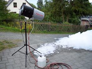 Photo: F-3 Foam Shots Ein enormer Schaumwerfer mit 8m Auswurflänge https://youtu.be/4jrx_t3Np-4