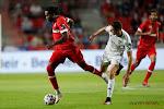 """""""Mbokani steekt al zijn energie in de aanval, maar veel lopen doet hij niet"""""""