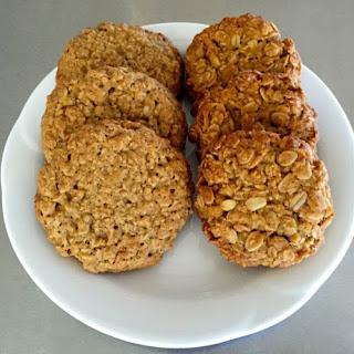 Golden Oats and Vanilla Cookies.