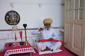 Photo: Fumeur d'opium au Rajasthan