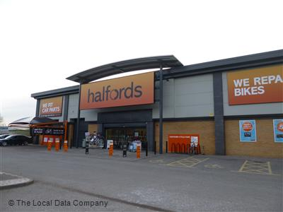 Halfords On St Margarets Way Car Accessories Parts In City