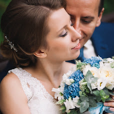Wedding photographer Nataliya Vishnevskaya (natalyV1). Photo of 27.02.2015