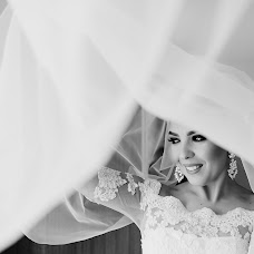 Wedding photographer Zagrean Viorel (zagreanviorel). Photo of 11.12.2017